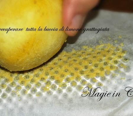 Come recuperare tutta la buccia di limone dalla grattugia – trucco n. 14
