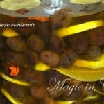 olive-nere-conservate-con-limone-[680]