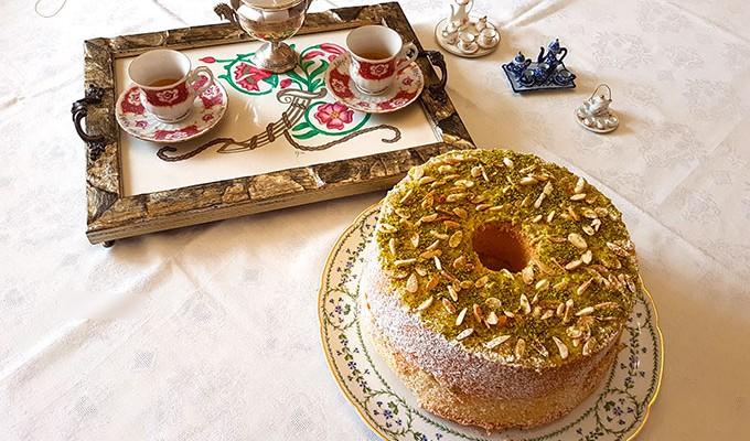 Chiffon cake o Fluffosa alle mandorle e pistacchi